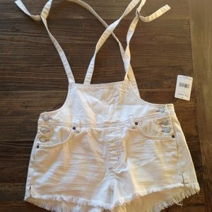 Free People | White Short Overalls NWT